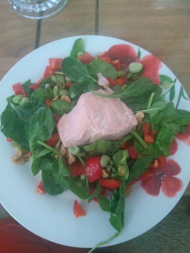22.05.2018 - Salmon and edame bean salad